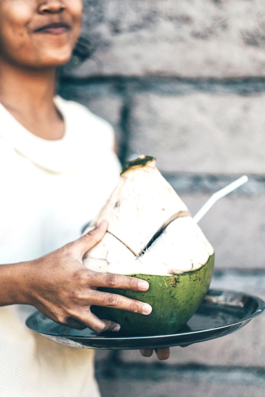 el aceite de coco beneficia la diabetes